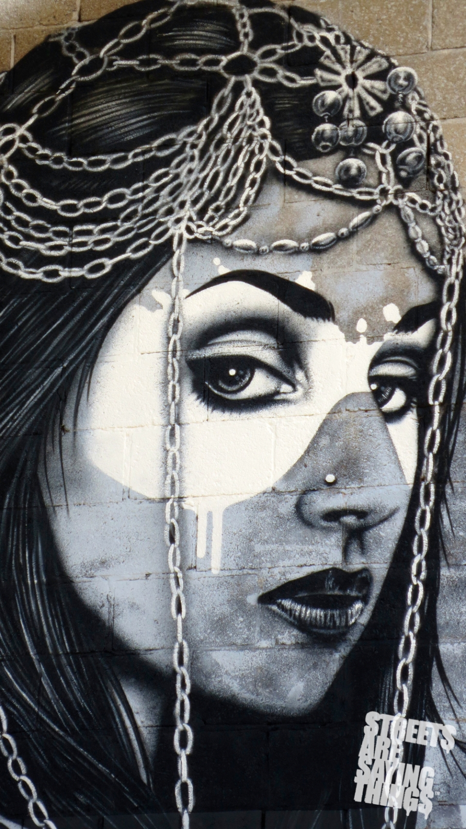 FinDac_Angelina4